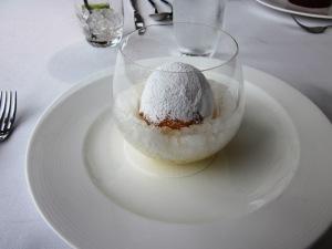 Dessert - White nectarine snow egg.