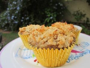 Hummingbird cake with coconut crust